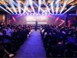 极米举办三周年粉丝狂欢节 发布便携无屏电视CC