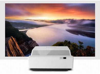 松下投影机:教育行业爱用款!松下商教超短焦投影机PT-GMZ350C系列清爽上市!