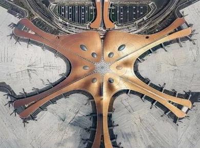 """大兴机场打造""""光影之旅""""艺术空间,赢康参与投影系统建设"""